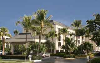 Holidays at Hampton Inn Naples-Central in Naples Beach, Florida