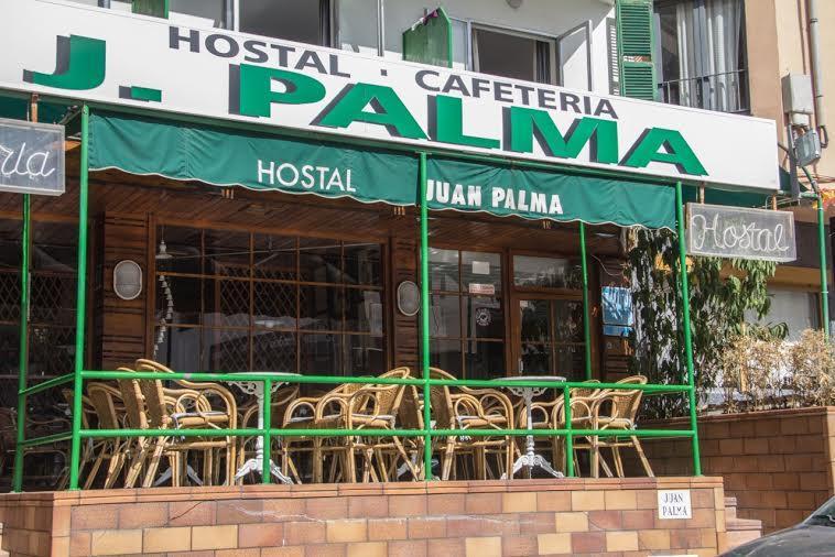 Holidays at Juan Palma Hostal in El Arenal, Majorca