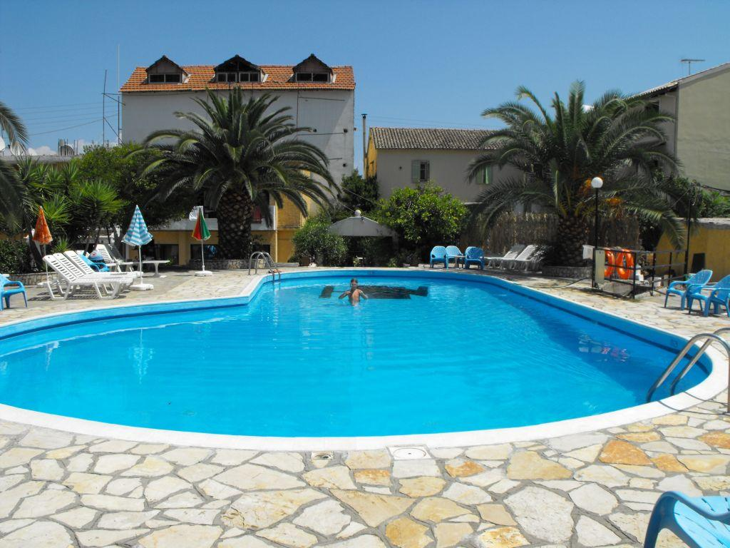 Le mirage hotel benitses corfu greece book le mirage for Comparer les hotels