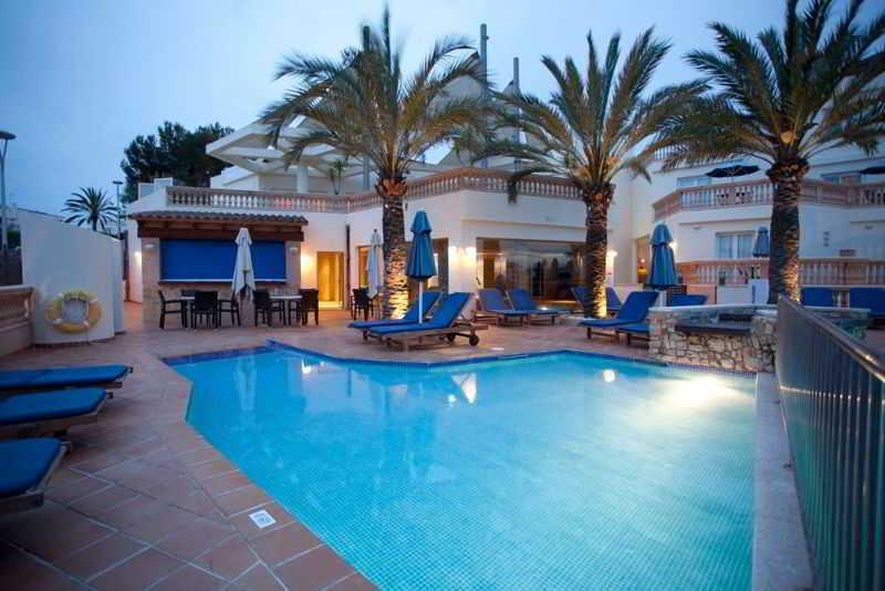 Holidays at Azul Playa Apartments in Cala d'Or, Majorca