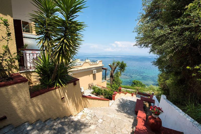 Holidays at 9 Muses Sea View Studios in Benitses, Corfu