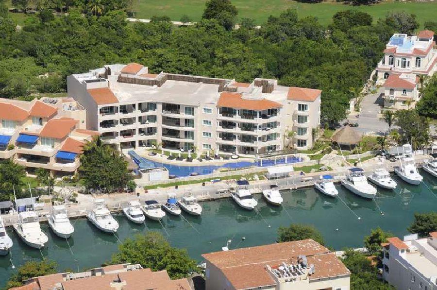 Holidays at Aventuras Club Marina in Puerto Aventuras, Riviera Maya