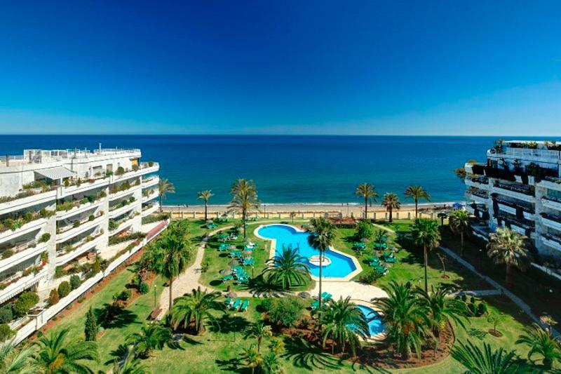 Holidays at Coral Beach Apartments in Puerto Banus, Costa del Sol