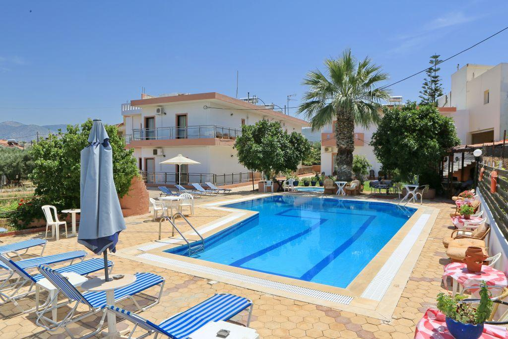 Holidays at Maria Apartments in Analipsi Hersonissos, Hersonissos
