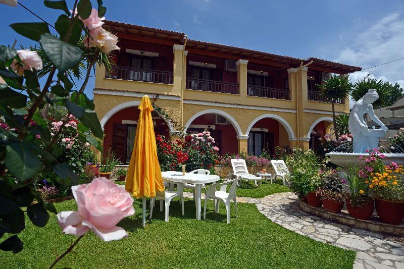 Holidays at Villa Eleni Studios and Apartments in Roda, Corfu