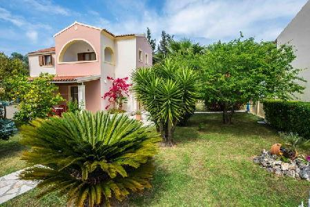 Holidays at Villa Violetta Studios and Apartments in Acharavi, Corfu