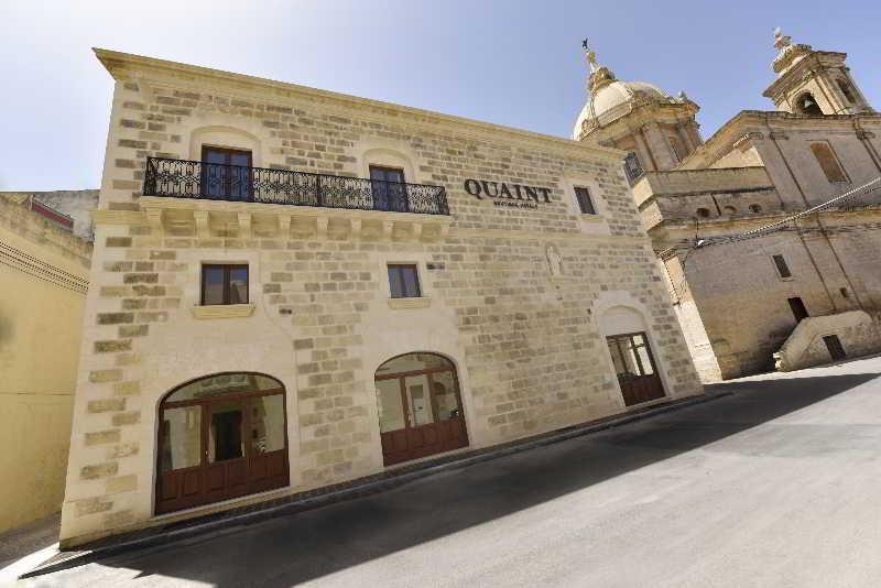 Holidays at Quaint Hotel Nadur in Gozo, Malta