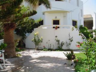 Holidays at Kiveli Apartments in Milatos, Sissi