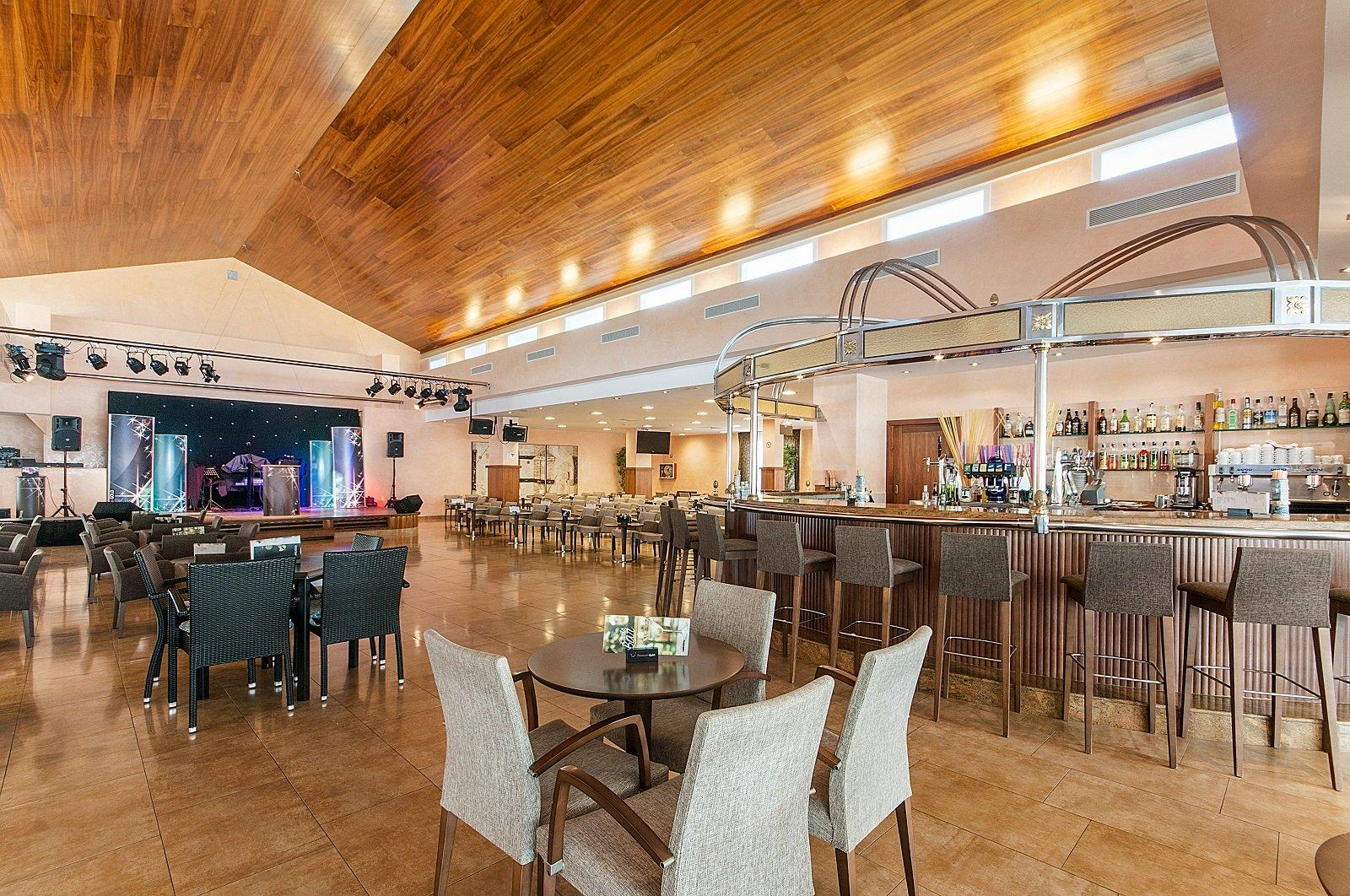 Stil Picafort Park Hotel, Ca\'n Picafort, Majorca, Spain. Book Stil ...
