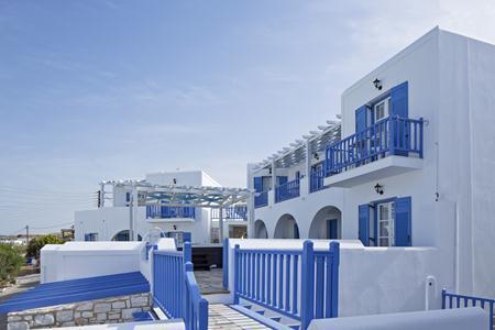 Holidays at Contaratos Bay Hotel in Naoussa, Paros