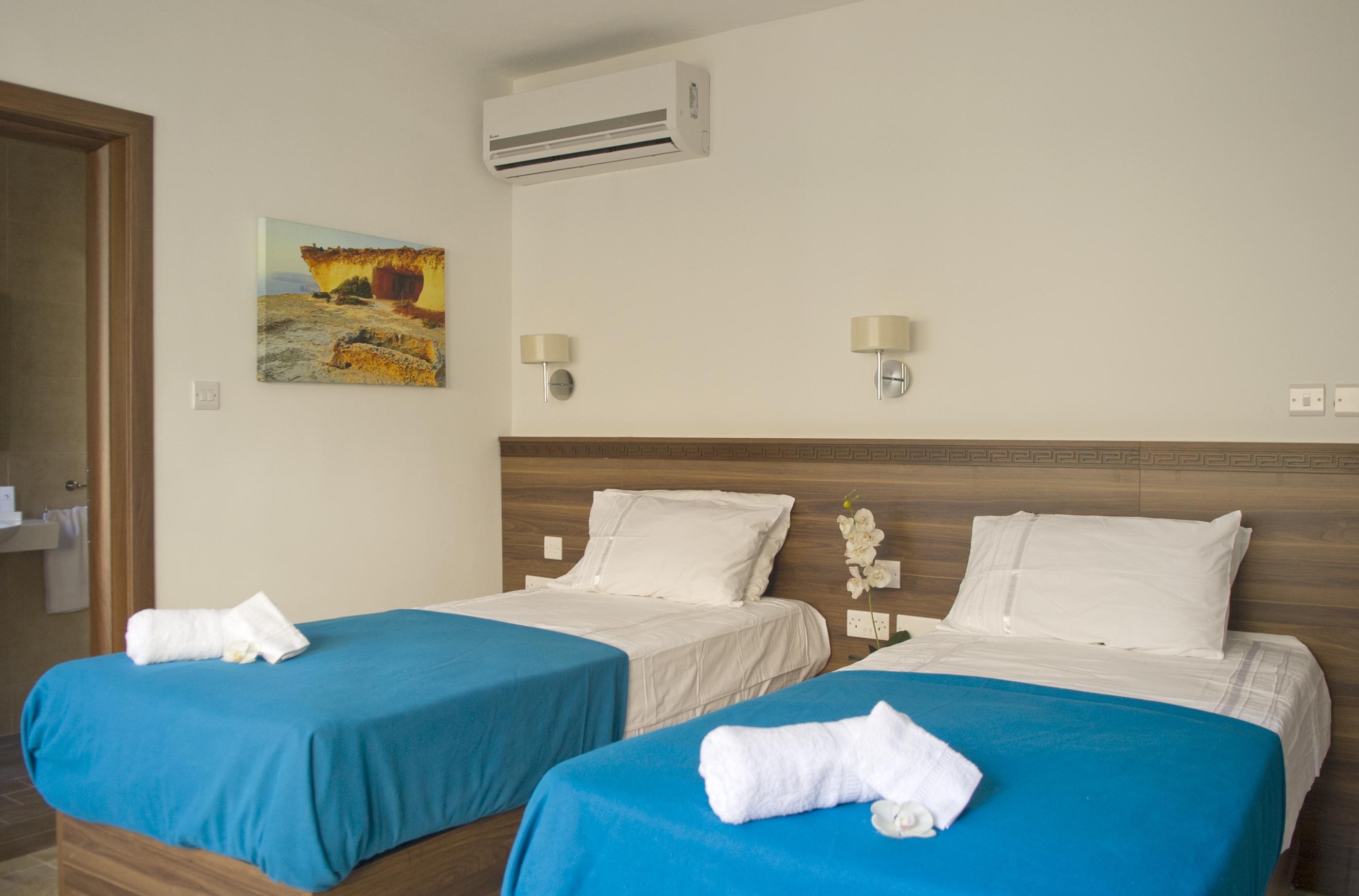 Holidays at Slimiza Suites in Sliema, Malta