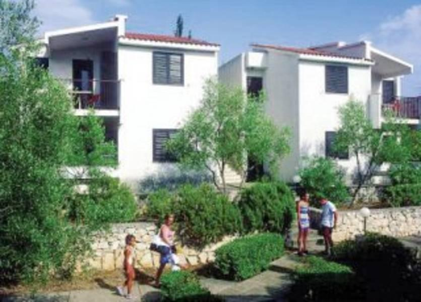 Holidays at Korkyra Gardens Apartments in Korcula Island, Croatia