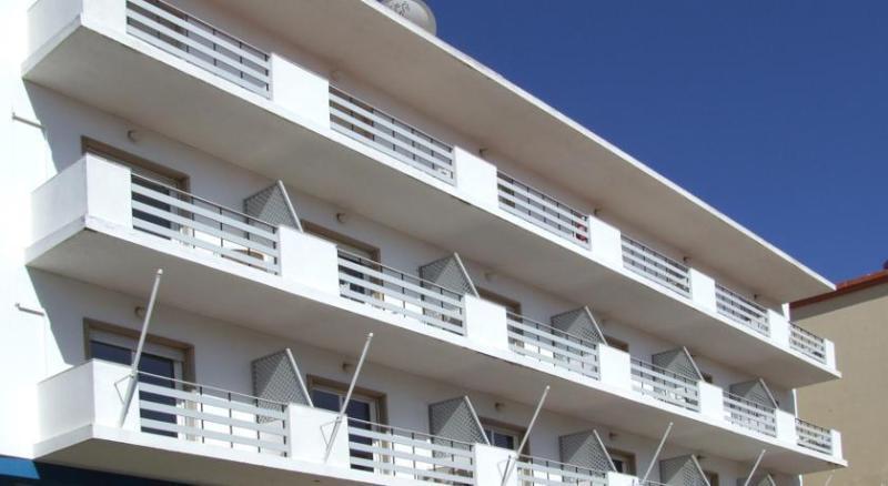 Holidays at Riomar Hotel in Lagos, Algarve