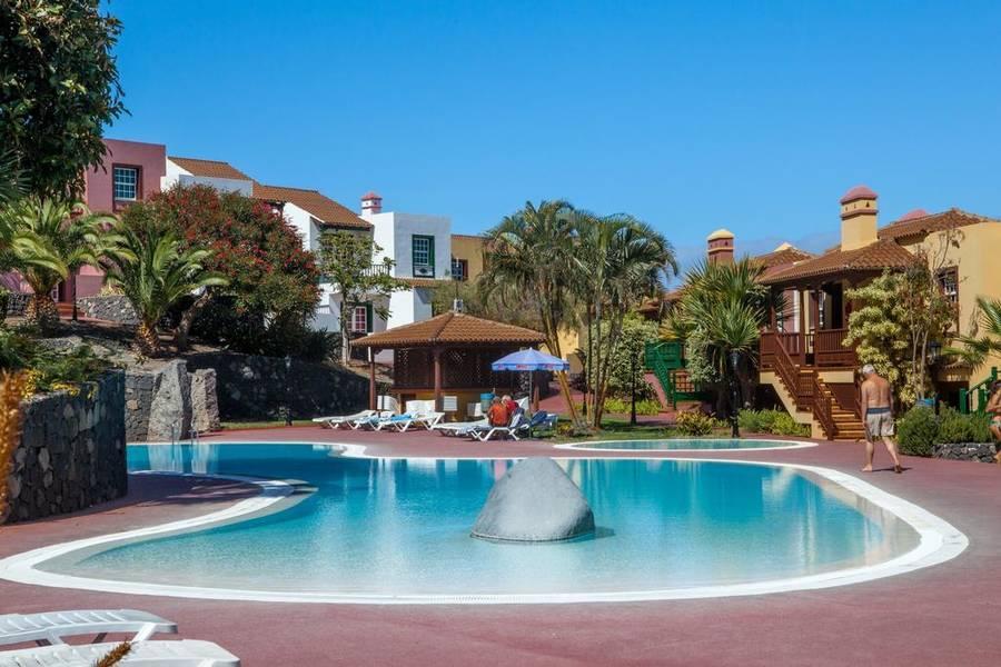 Holidays at Oasis San Antonio Apartments in Playa De Los Cancajos, La Palma