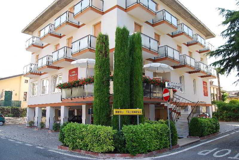 Holidays at Taormina Hotel in Bardolino, Lake Garda