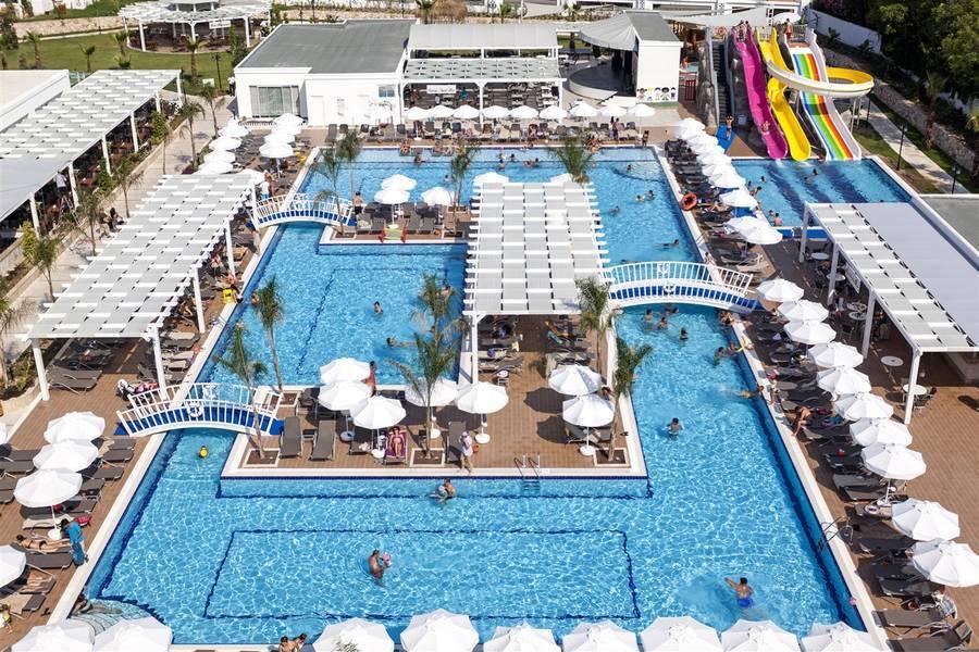 Holidays at Karmir Resort and Spa Hotel in Goynuk, Kemer