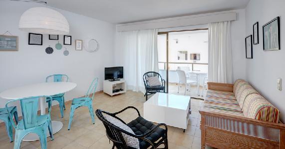 Holidays at Lemar Apartments in Colonia Sant Jordi, Majorca
