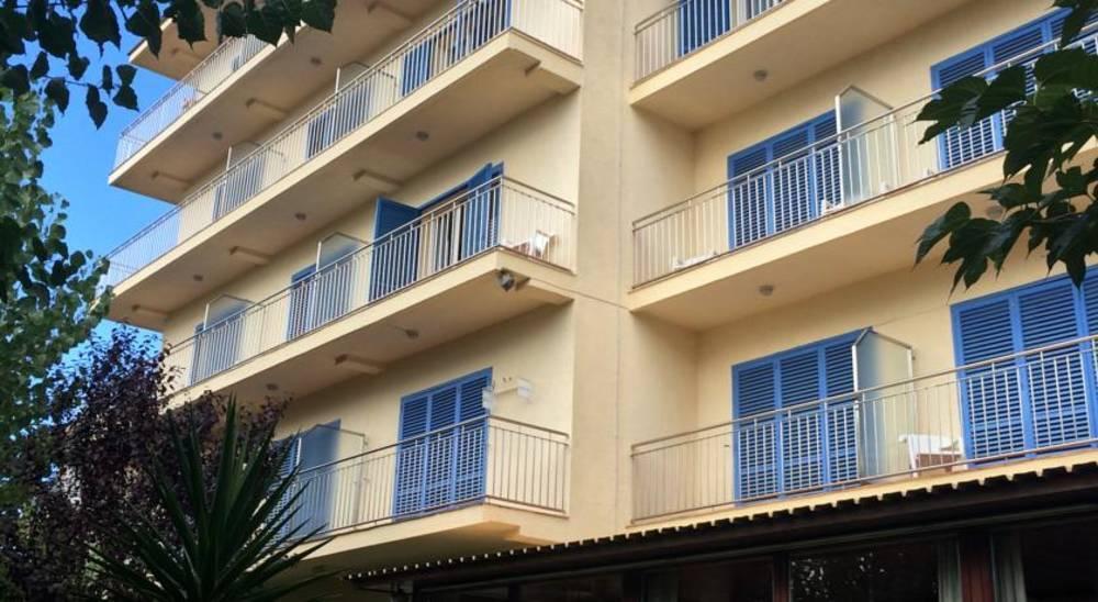 Holidays at Bell Aire Hotel in Estartit, Costa Brava