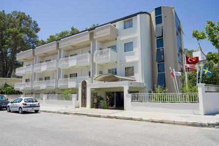 Holidays at Viking Aparthotel in Kemer, Antalya Region