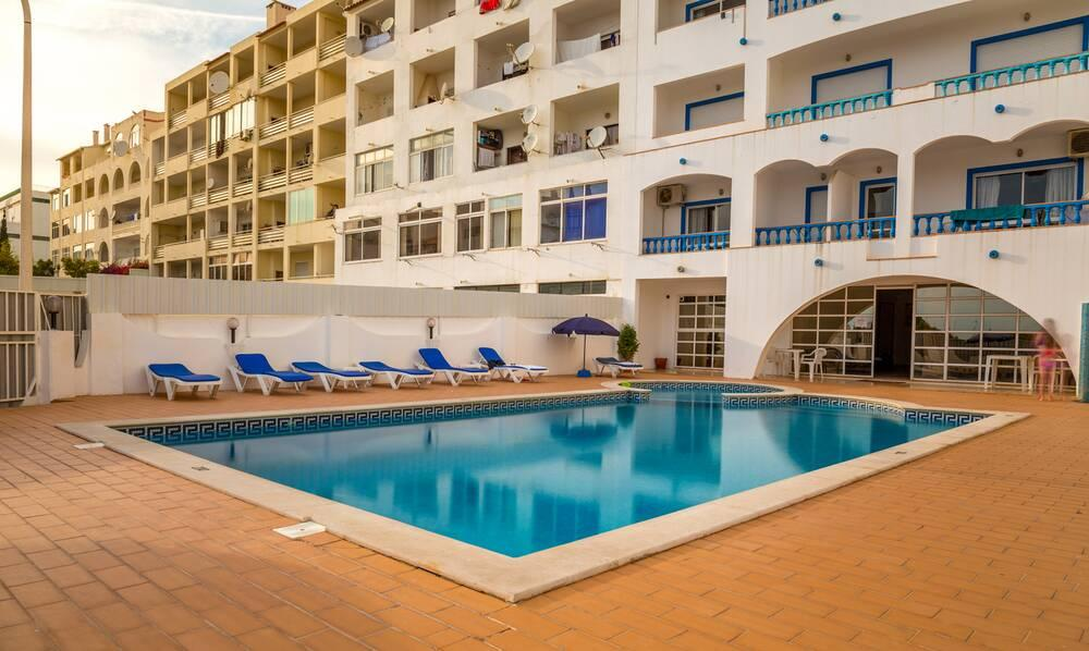 Holidays at Cantinho do Mar Apartments in Albufeira, Algarve