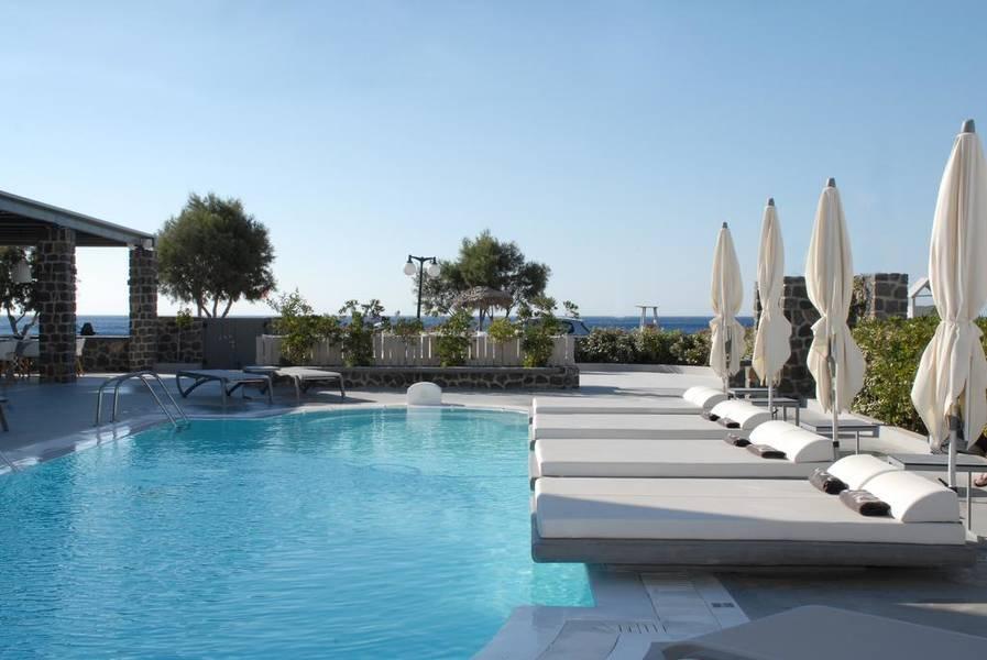 Holidays at Aqua Blue Hotel in Perissa, Santorini
