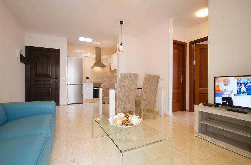 Holidays at Sara Apartments in Playa Blanca, Lanzarote