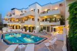 Swimming Pool at Villa Elite Apartments