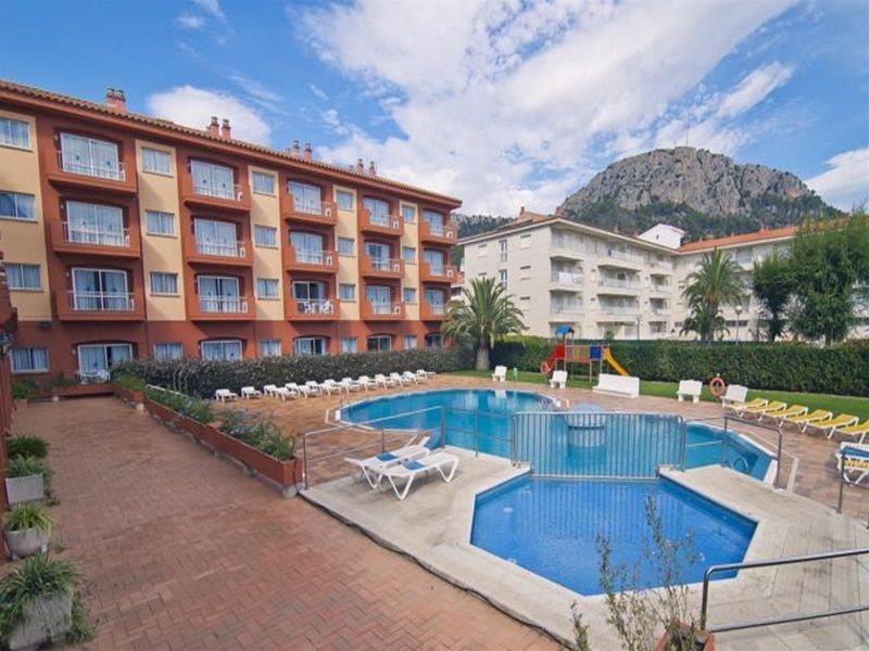 Holidays at Estartit Confort Apartments in Estartit, Costa Brava