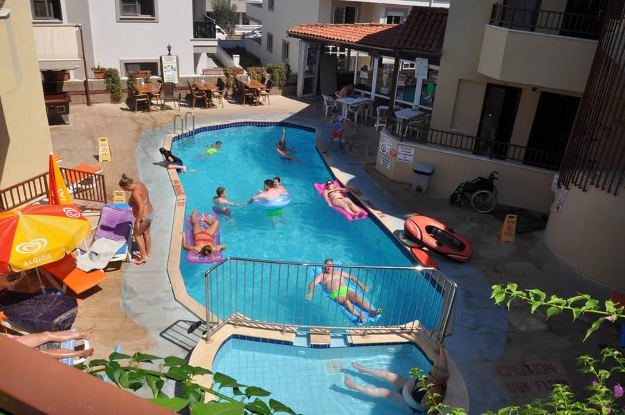 Holidays at Hibiscus Apartments in Marmaris, Dalaman Region